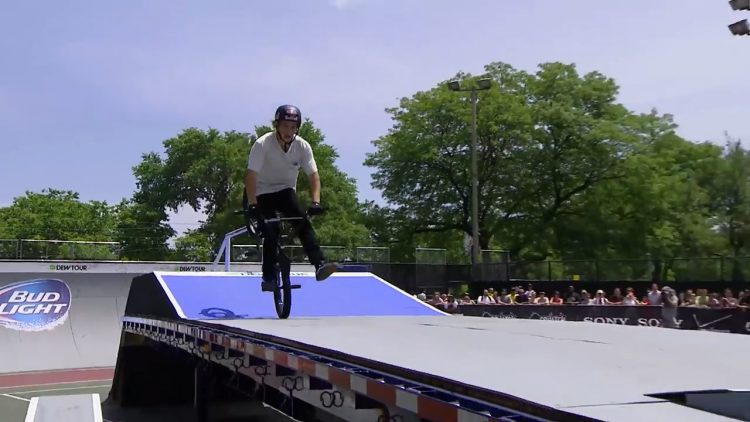 dew tour chicago bmx streetstyle